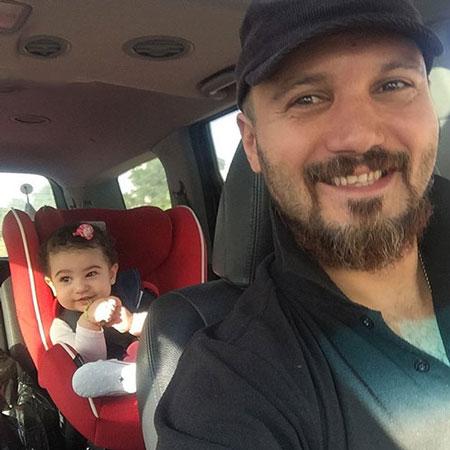 سلفی جالب کامبیز دیرباز و دخترش در ماشین (عکس)