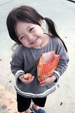 دختری بامزه که اینستاگرام را زیر و رو کرده است + تصاویر