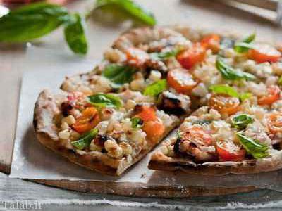 طرز تهیه پیتزا با پنیر موتزارلا