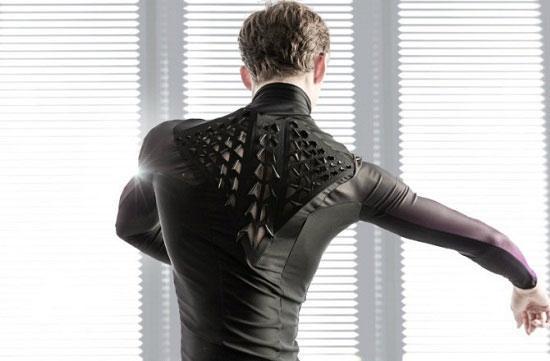 این لباس مجهز عرق شما را خشک می کند