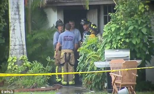 پسری که پدرش را آتش زد (عکس)