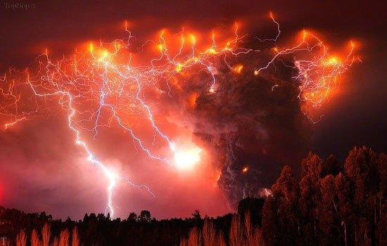 عجیب ترین پدیده های طبیعی در دنیا