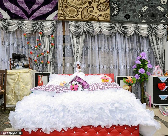 مراسم عجیب زشت کردن عروس در بلغارستان (عکس)