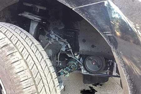 رخ دادن حادثه هنگام تست فنی ماشین چینی ایران خودرو (عکس)