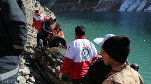 تصاویر سقوط پژو 450 در سد کرج