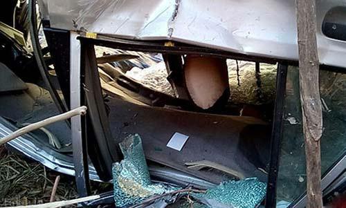 سقوط وحشتناک پراید به دره عمیق در شیراز (عکس)
