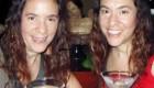 این دو خواهر دوقلو 15 سال از یکدیگر جدا نشده اند