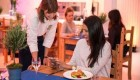 رستورانی که به مشتریانش غذای مجانی می دهد