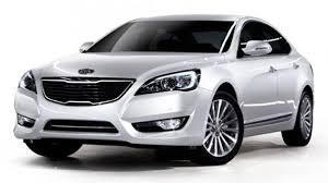 کادنزا و آزرا دو اتومبیل با ظاهری یکسان