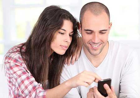 چک کردن گوشی شوهر را فراموش کنید
