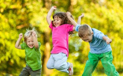 چگونه اعتماد به نفس در کودکان را افزایش دهیم؟