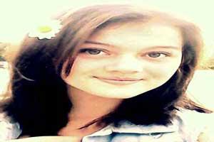 ضرب و شتم دختر جذاب 16 ساله در روسیه + عکس