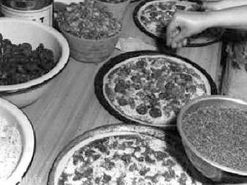 تاریخچه نخستین پیتزا فروشی و کنتاکی در ایران