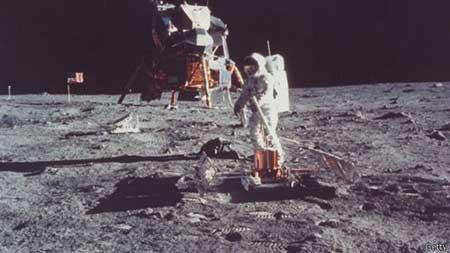 تصاویری از ماه در بدو تولد