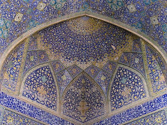 معرفی شاهکارهای هنر کاشی کاری ایران + عکس