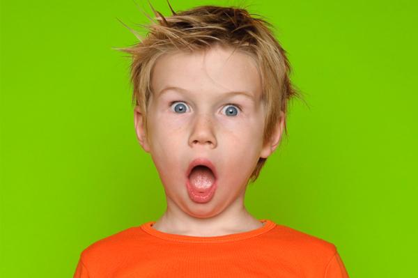 عمل زیبایی چهره پسری با لب های وحشتناک (عکس 18+)