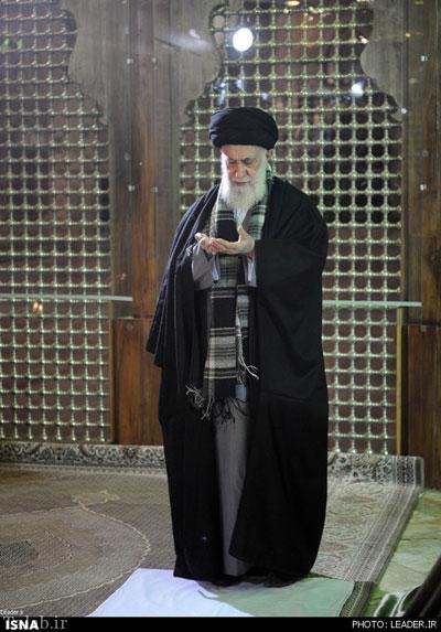 رهبر انقلاب در حرم امام (ره) حضور یافت + تصاویر