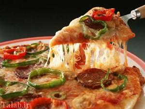 تصاویر دختری 19 ساله که 8 سال است فقط پیتزا می خورد