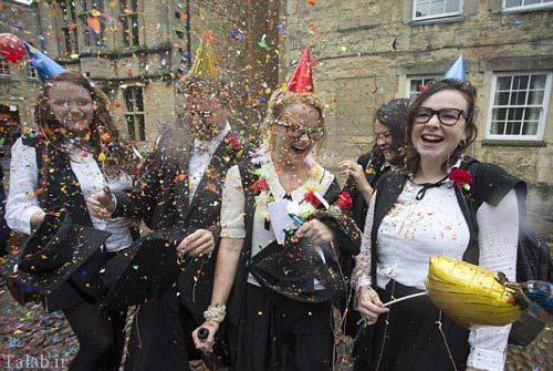 تصاویری از خوشحالی دانشجویان بعد از آخرین امتحان