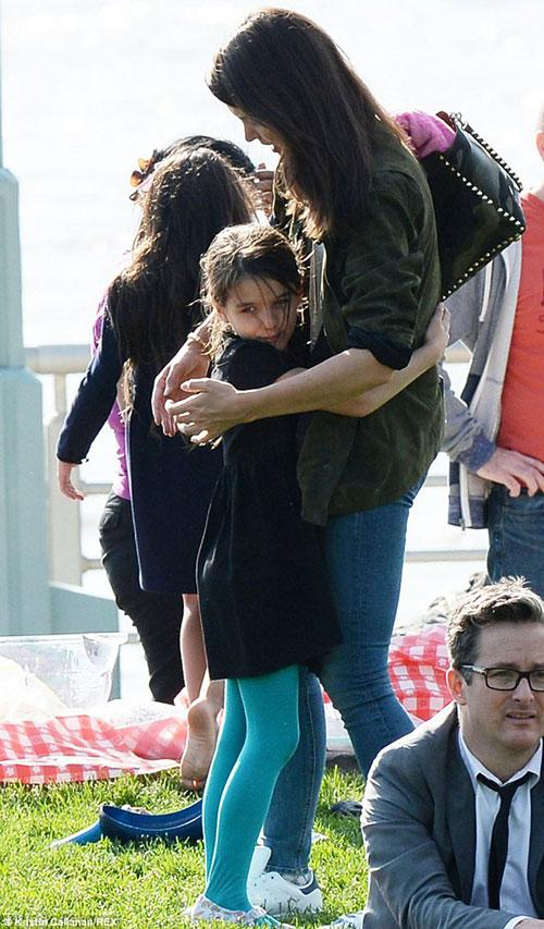تصاویری از کتی هولمز و دخترش سوری در نیویورک