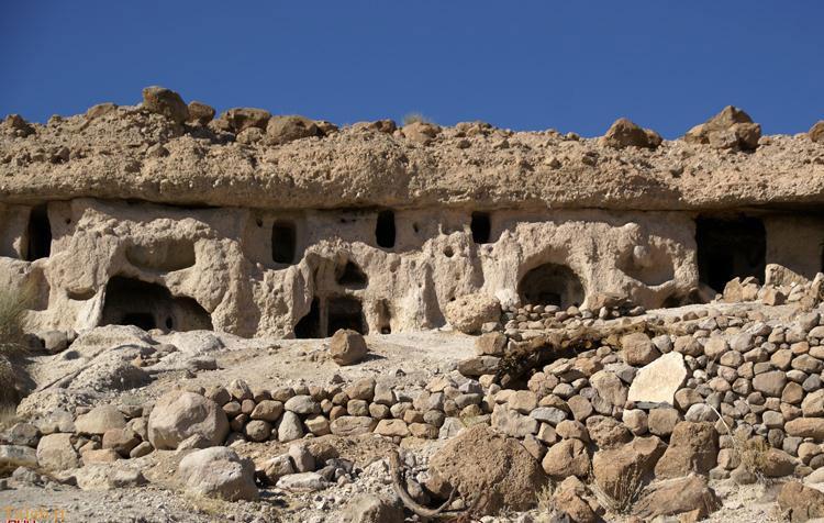 سفر به میمند شهر آپارتمانهای سه هزار ساله
