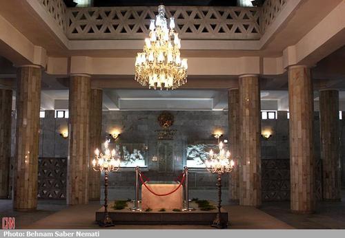 آرامگاه فردوسی در مشهد + عکس