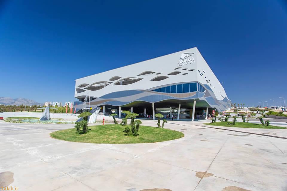 بزرگترین آکواریوم خاورمیانه در ناژوان اصفهان نصف جهان