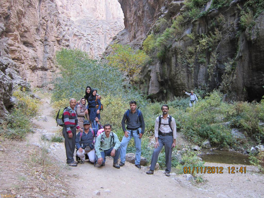 آبشار اخلمد در مشهد + عکس