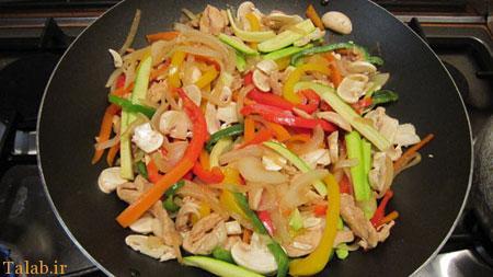 طرز تهیه بوقلمون و خوراک سبزیجات