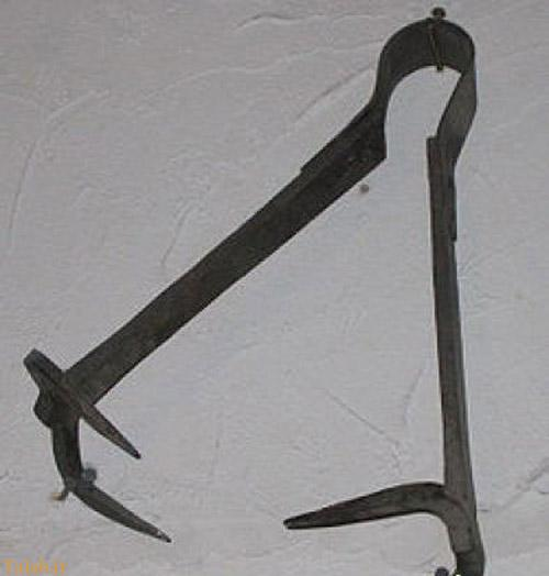 وسیله عجیب داعش برای شکنجه دختران و زنان (عکس)