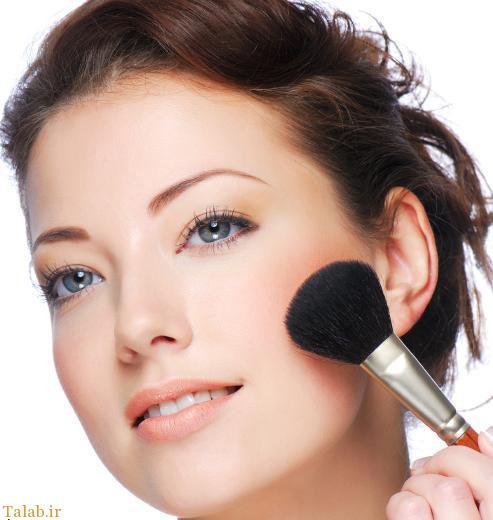 در استفاده از لوازم آرایشی احتیاط کنید