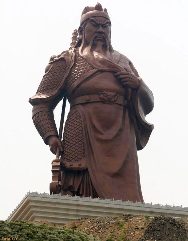 بزرگترین مجسمه جهان در چین + عکس