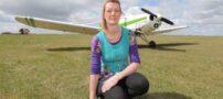 وابستگی این خانم به پرواز کردن با هواپیما (عکس)