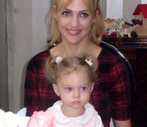 شباهت جالب بازیگر زن و دختر زیبایش !+ تصاویر