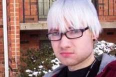 آیا فقط پیری مو را سفید میکند ؟