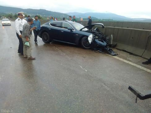تصادف خودروی لوکس پورشه در سوادکوه (عکس)