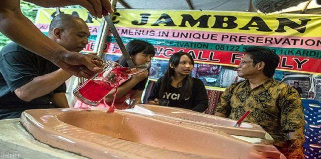 چندش آور ترین میز غذا در اندونزی (+ تصاویر)