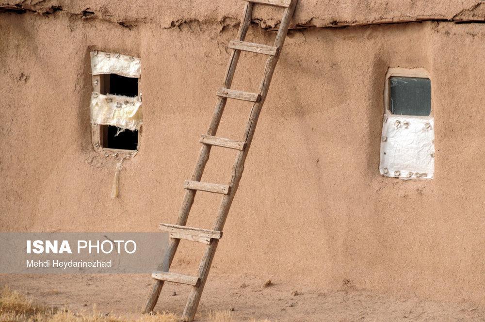 آرامش در زندگی ساده روستایی ( تصویری)