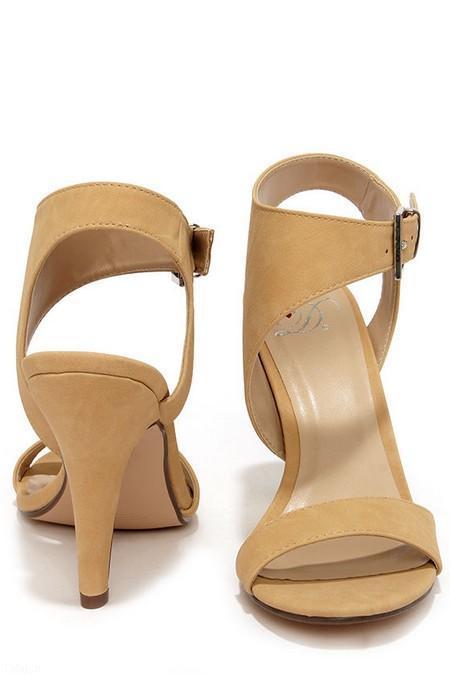 جدیدترین مدل کفش پاشنه دار قهوه ای
