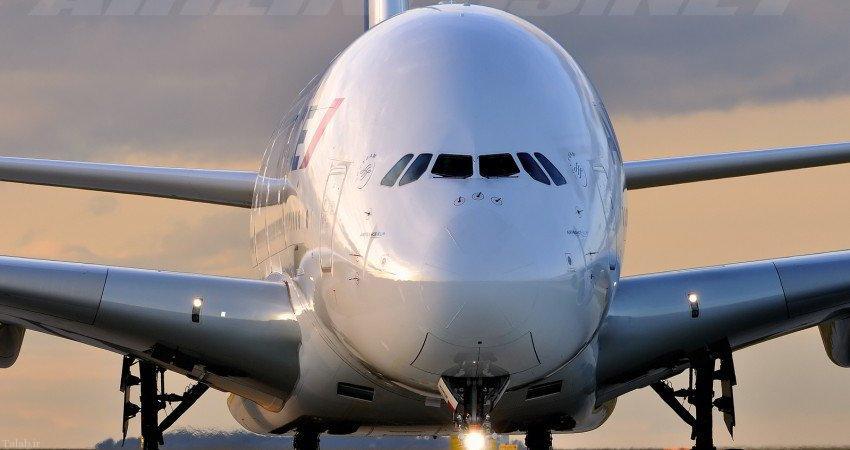 تنها زن خلبان در ایرباس مسافری A380 (+عکس)