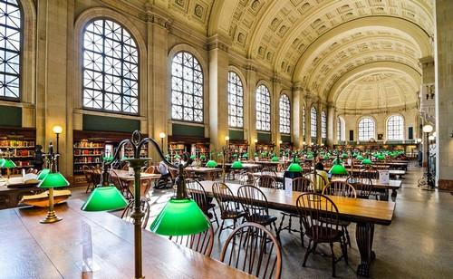 تصاویر دیدنی از زیباترین کتابخانه ها در آمریکا