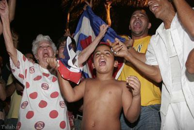 تصاویر جالب از خوشحالی ضد انقلاب های کوبا از مرگ کاسترو