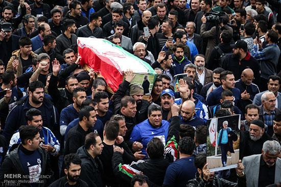 حاشیه های مراسم تشییع پیکر پورحیدری در شیرودی