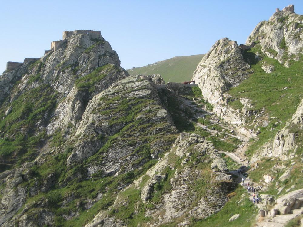 قلعه زیبا و جالب بابک