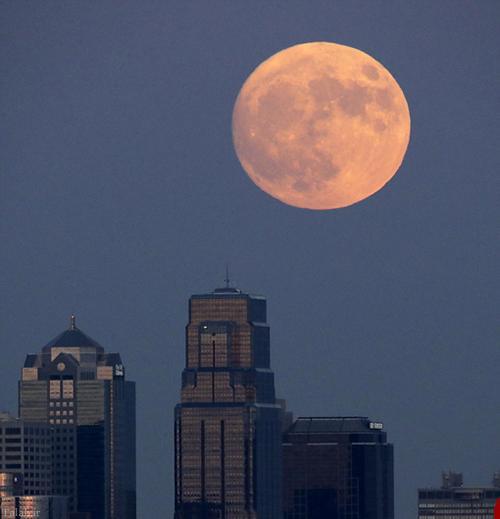 زیباترین بزرگترین ماه در ایران و آمریکا