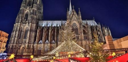 مراسم کریسمس 2021 در قاب تصاویر
