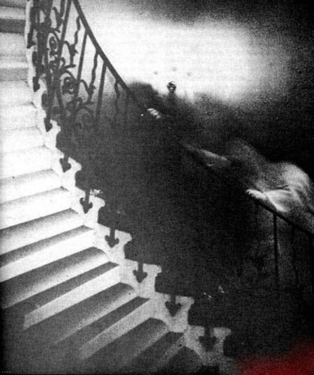 عکس های اتفاقی گرفته شده از ارواح!