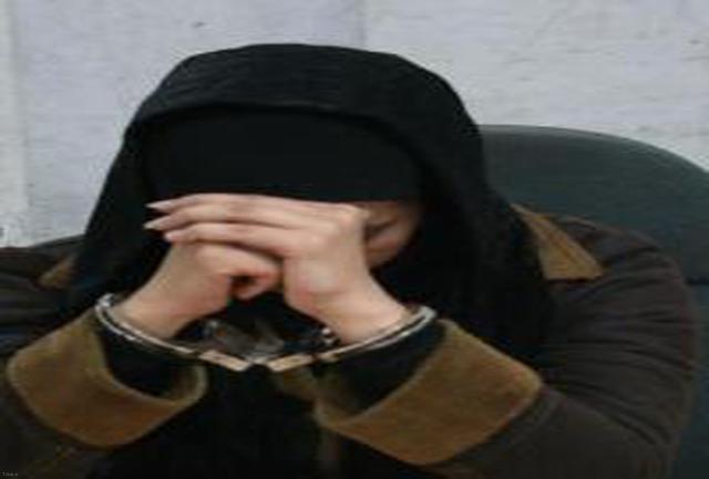 دختر جوانی که پدر خوانده اش را کشت ، در روز تولدش بخشیده شد