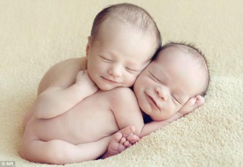 عکس کودکان در حال خواب