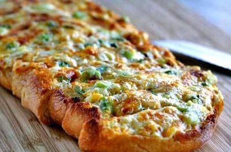 نحوه تهیه نان تست سیر با پنیر
